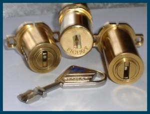 Cerrajero Alicante, instalamos cilindros de la marca Fichet