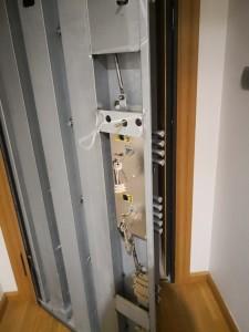 instalamos nueva cerradura Dierre