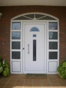 Puertas de comunidades, colocamos cerraduras en Crevillente