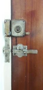 Colocamos cerraduras de seguridad. Cerrajeros Gran Alacant Urgentes